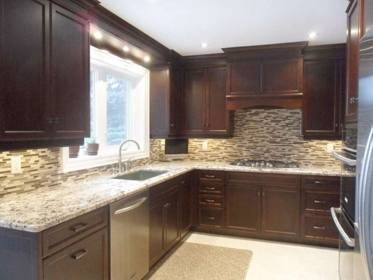 Kitchen remodeling ideas pictures photos kitchen for Kitchen cabinets york region