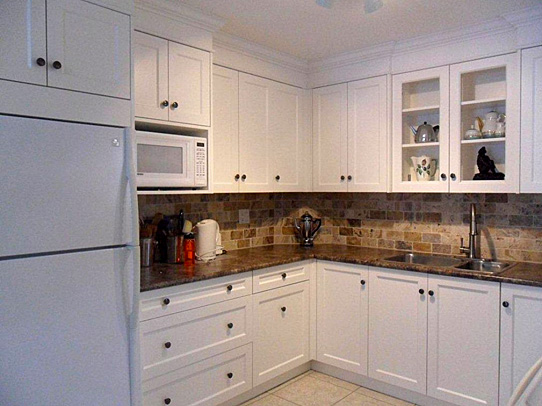 Kitchen renovation design ideas cabinets countertops for Kitchen cabinets york region